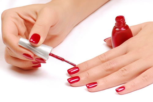 How to Apply Nail Polish