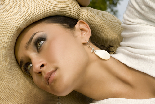 How To Protect Acne-Prone Skin Against The Sun