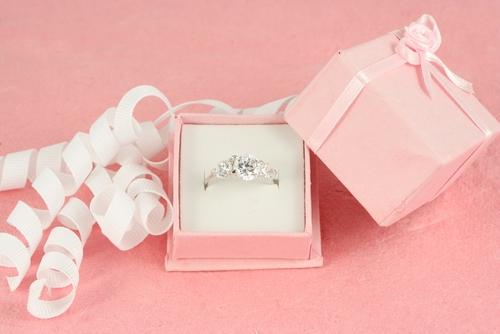 buying diamond ring