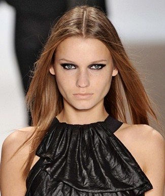 Makeup Trends: Black Eye Shadow
