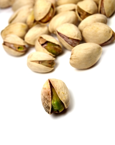 Using The Pistachio Principle To Lose Weight