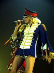 Gwen Stefani: Celebrity Style